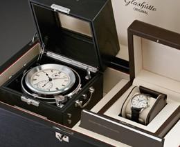 5b45fec7_glashutteoriginal_marinechronometerset191010