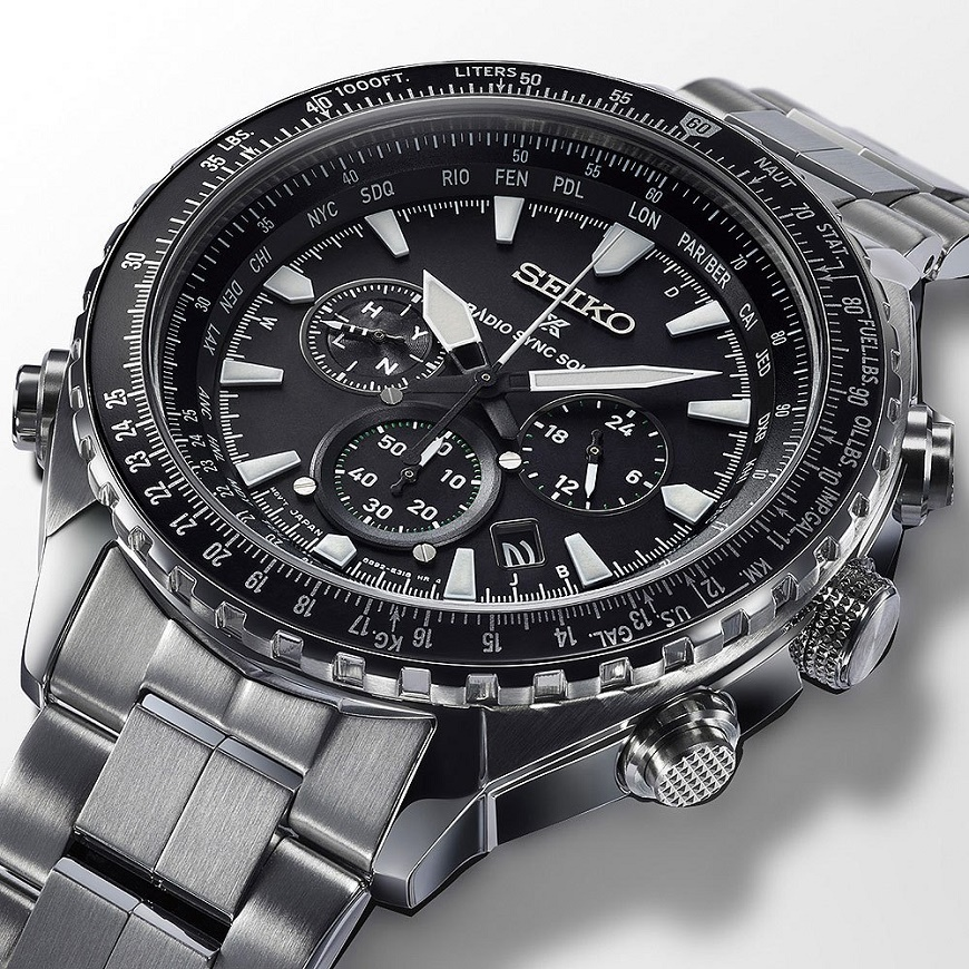 Seiko Prospex Radio Sync Solar World Time Chronograaf (2)