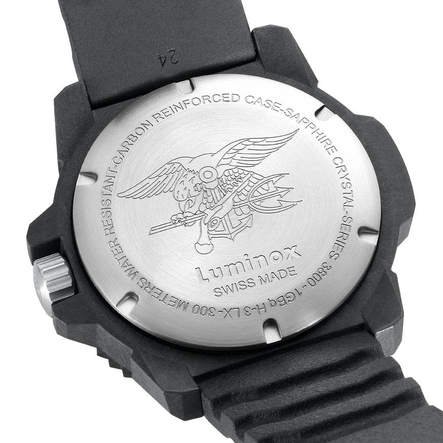 Luminox 3800 serie; onderwater helden in Carbon