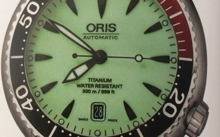 Oris Divers Titan Date met lichtgevende wijzerplaat uit 2006.