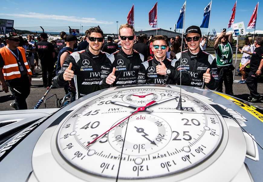 VLNR: Edoardo Mortara. Edward Sandstroem, Maximilian Buhk en Dominik Baumann 'ready to rumble ' met de IWC Mercedes-AMG GT3 HTP op 27 mei 2017 in Nuerburg,