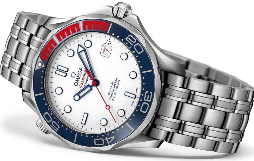 212.32.41.20.04.001_Steel bracelet