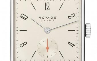 Handgewonden klassiekers van Nomos in feestelijk Champagne