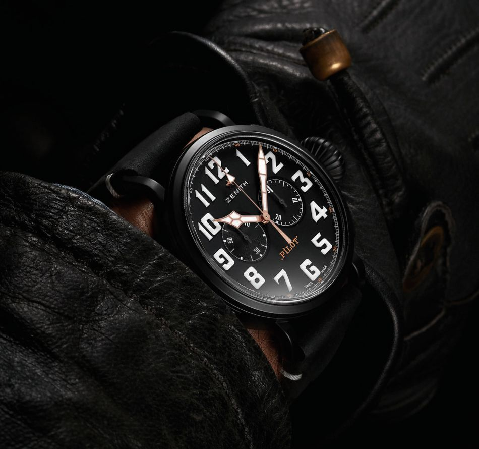 De Zenith Pilot Type 20 Chronograph Ton-Up Black om de pols