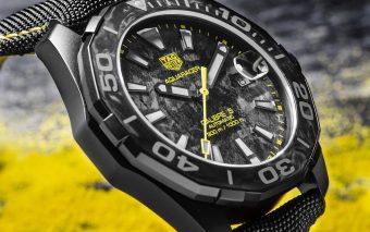 TAG Heuer Carbon Aquaracer met gele details