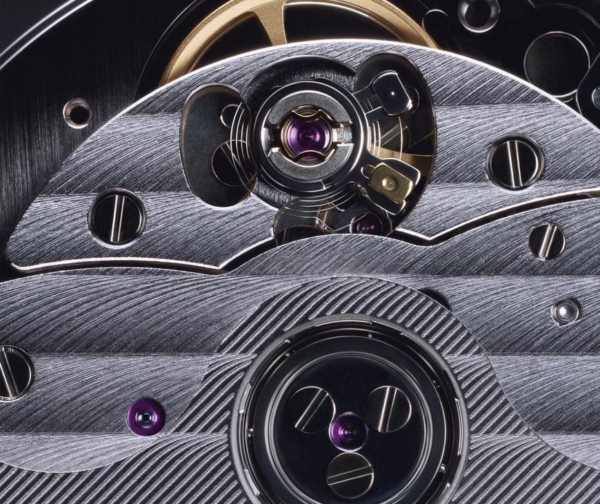 Cle-de-Cartier-1847MC-uurwerk-35699