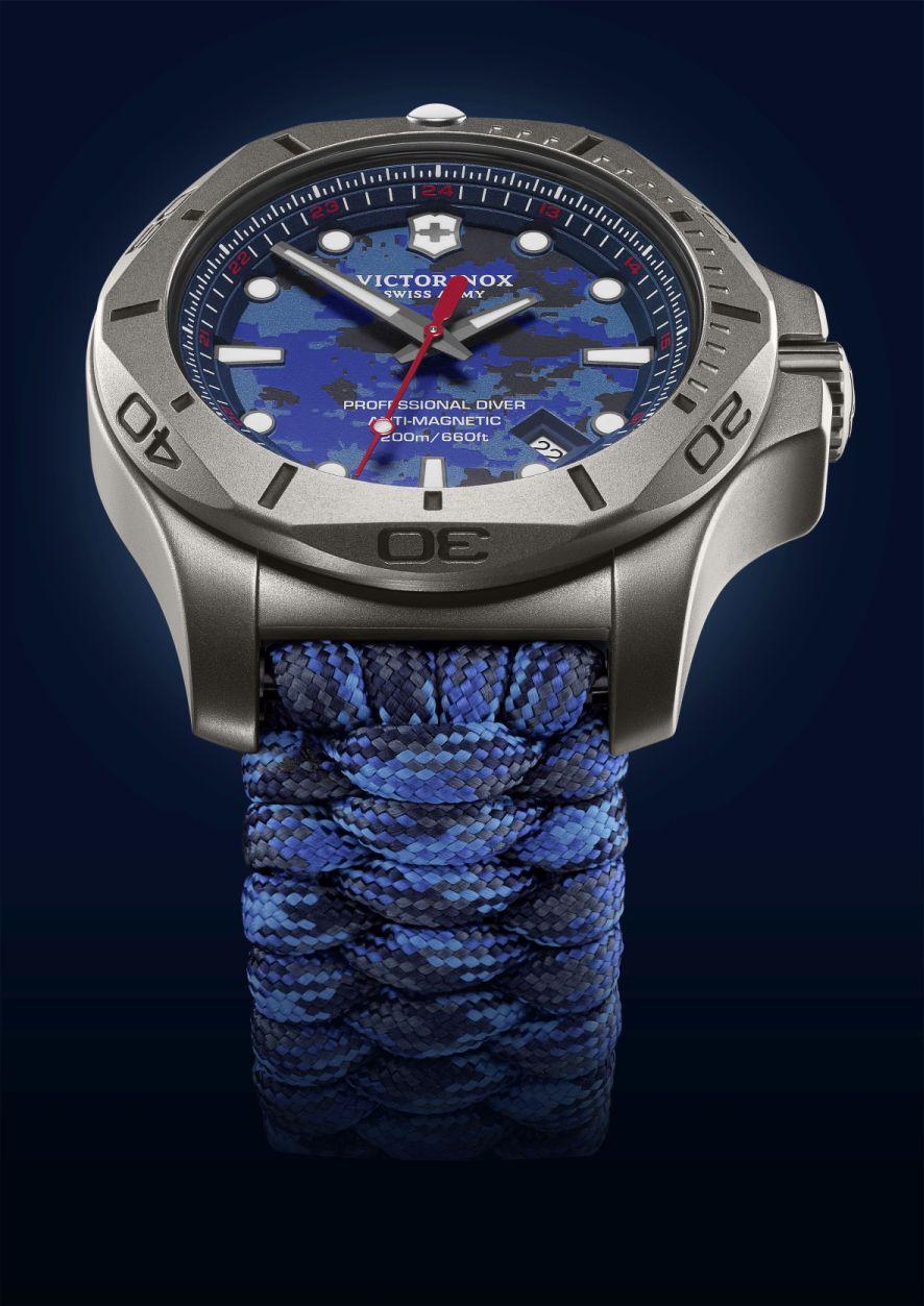 I.N.O.X. Professional Diver Titanium van Victorinox is overduidelijk geïnspireerd door de achthoekige Royal Oak van Audemars Piguet