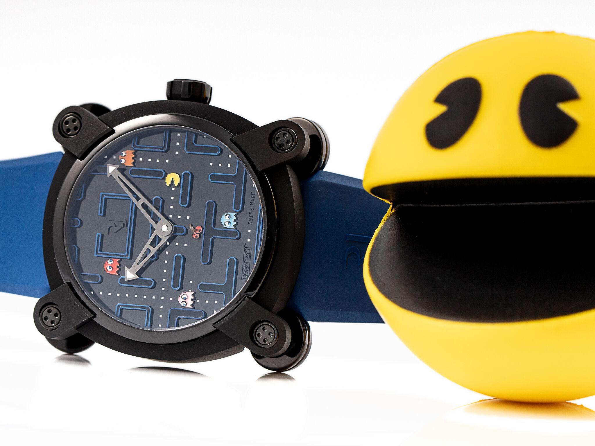 RJ Pac-Man Level III met de echte Pac-Man