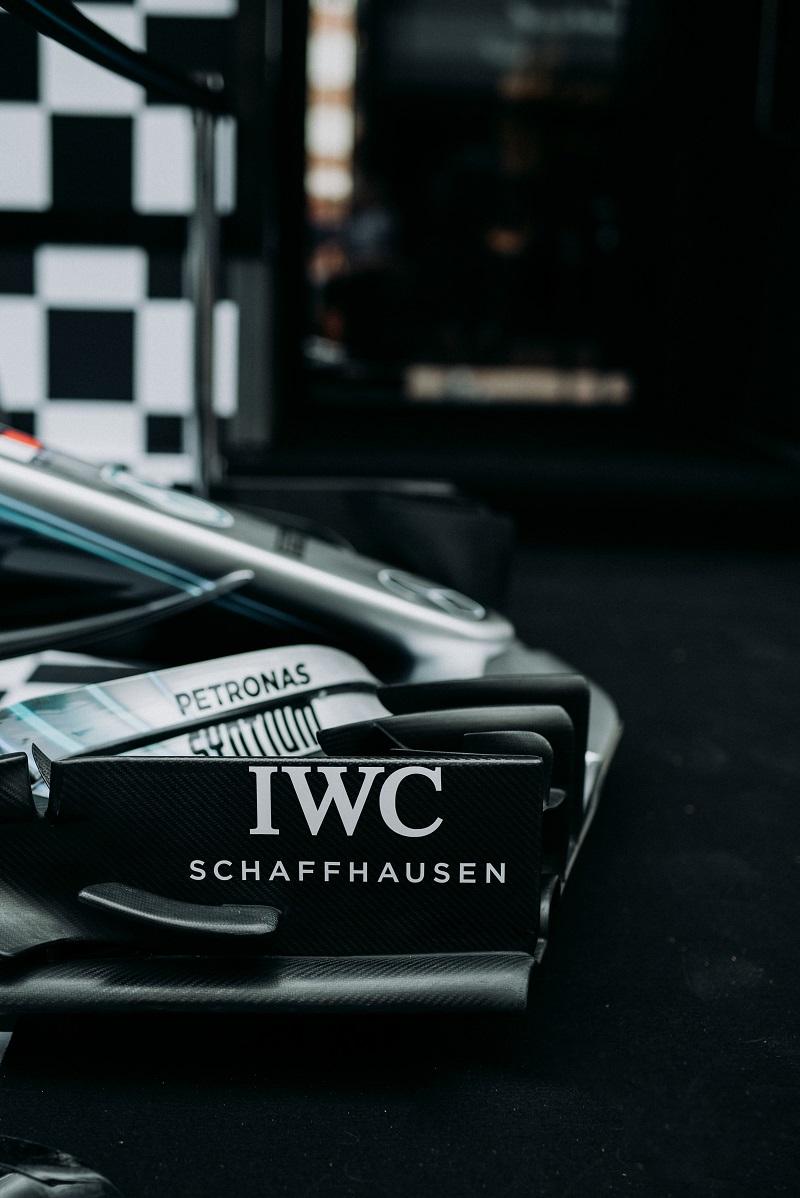 IWC op de voorvleugel van de 2018Silberpfeil