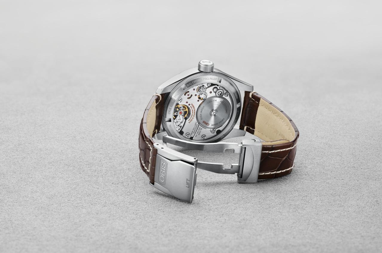 Zicht op het automatische, tiendaagse uurwerk van de Oris Big Crown ProPilot Calibre 114