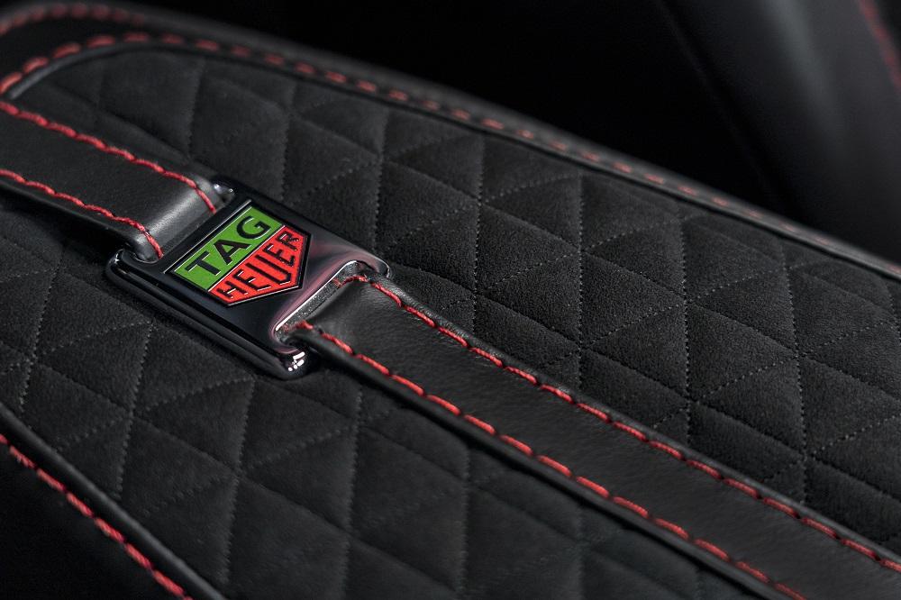 De bijpassende TAG Heuer DBS Edition Carrera Heuer 02