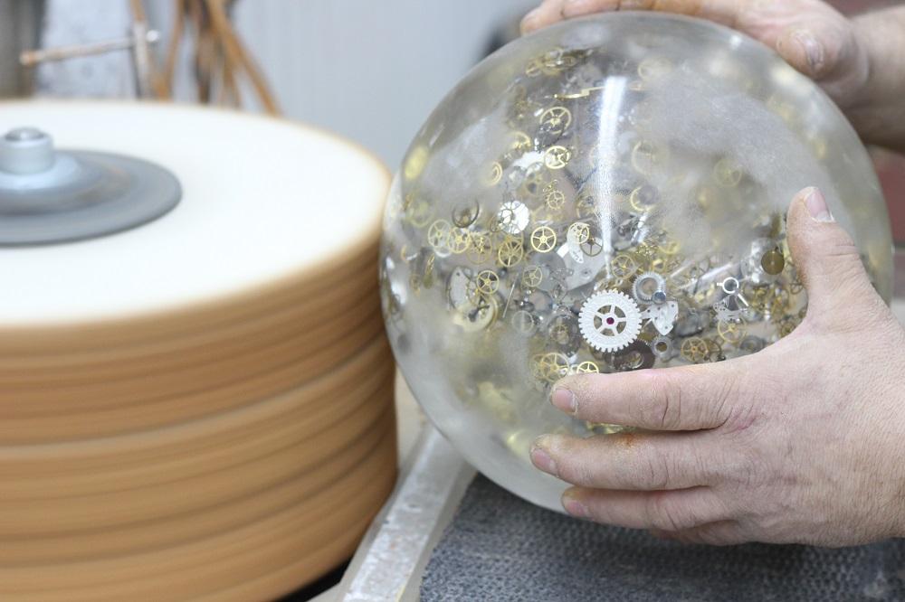 Tijd voor verstilde horlogekunst van Berd Vay'e