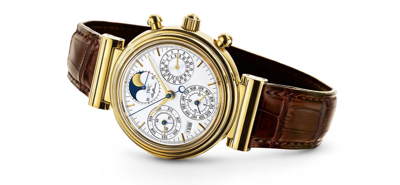 IWC maakt anderhalve smartwatches