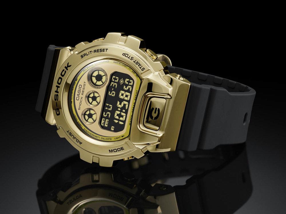 Casio G-Shock GM-6900 met stalen bezel