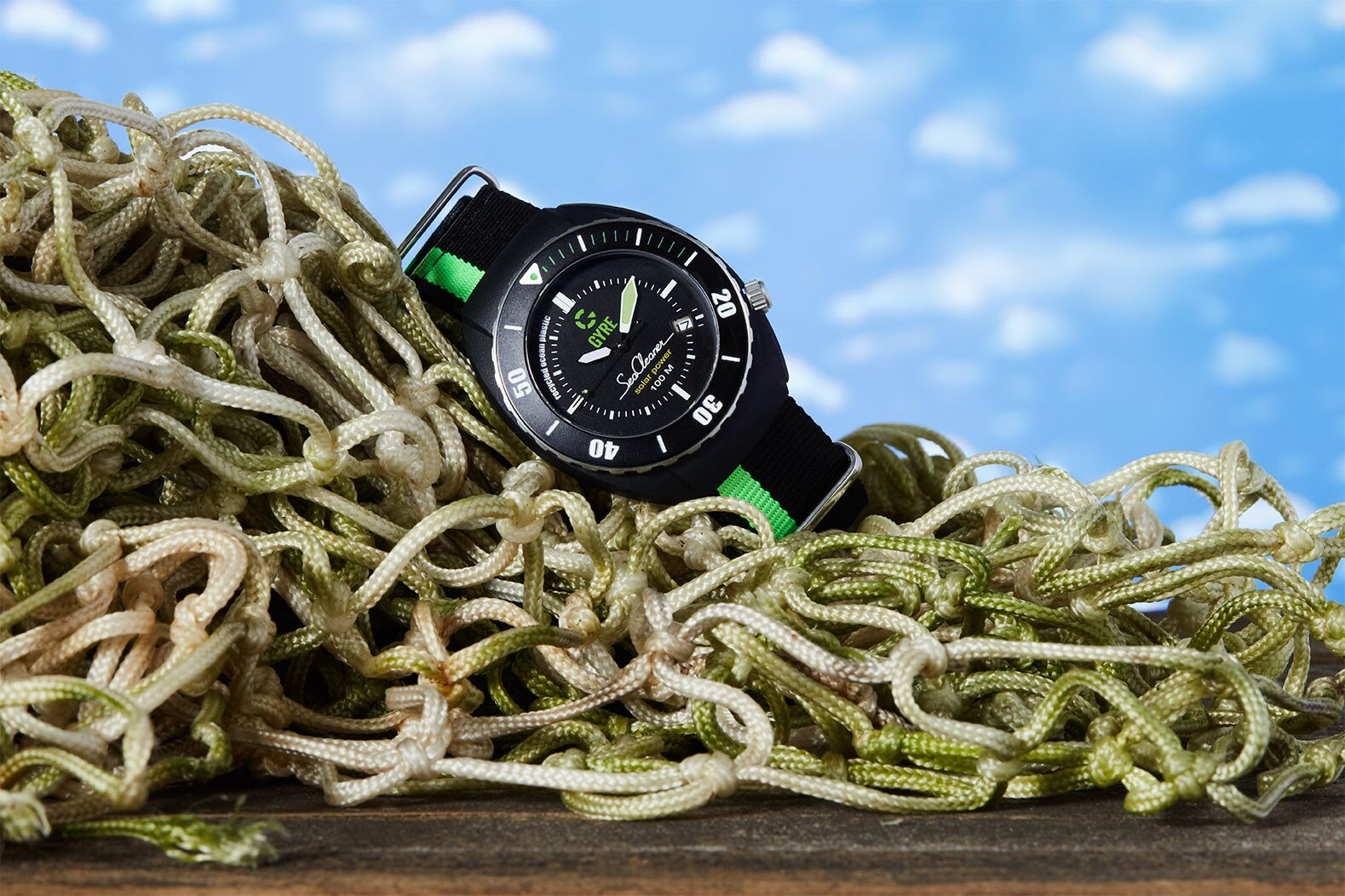 De GYRE SeaCleaner is gemaakt van gerecyclede visnetten